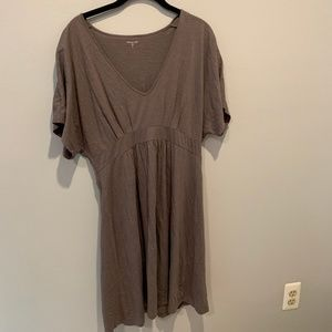 Garnet Hill V-Neck T-Shirt Dress